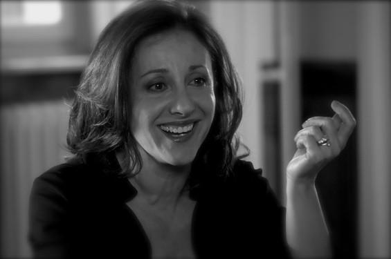 Carla Signoris in una foto dal set di Maschi contro femmine regia di Fausto Brizzi