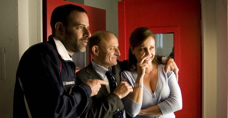 Dal set di Maschi contro femmine: nella foto Fausto Brizzi, Carla Signoris e Giuseppe Cederna