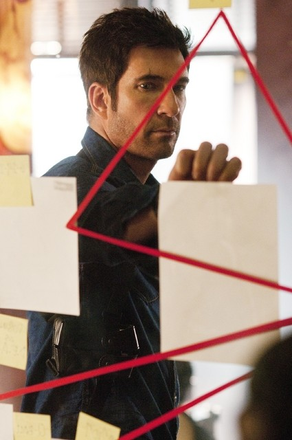 Dylan McDermott nell'episodio Jane Wayne di Dark Blue