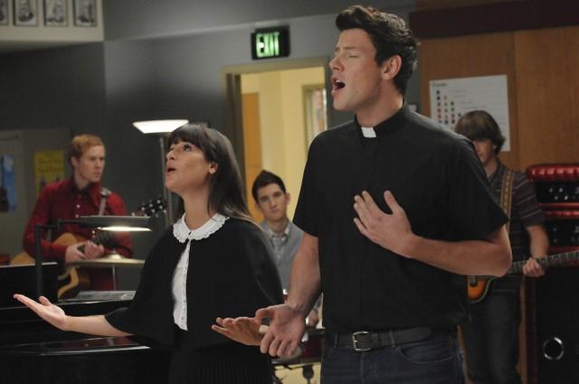 Lea Michele e Cory Monteith nell'episodio Duets di Glee