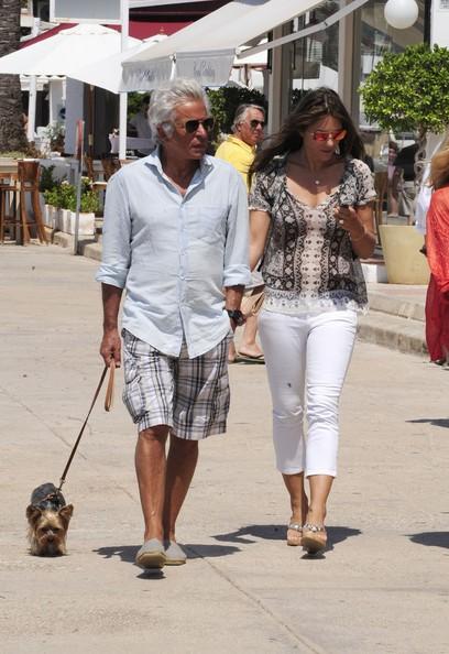 Liz Hurley e Giancarlo Giammetti a Ibiza
