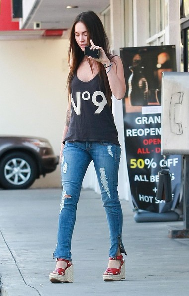 Megan Fox e Brian Austin Green prendono Kassius dalla classe di karate a Hollywood