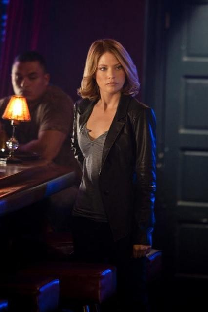 Nicki Aycox nell'episodio Brother's Keeper di Dark Blue