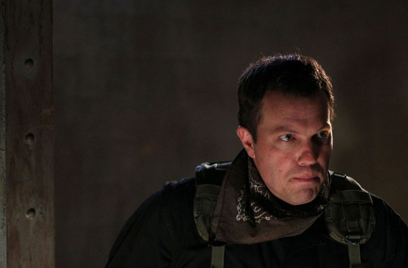 Casey (Adam Baldwin) in una scena dell'episodio Chuck Versus the Anniversary