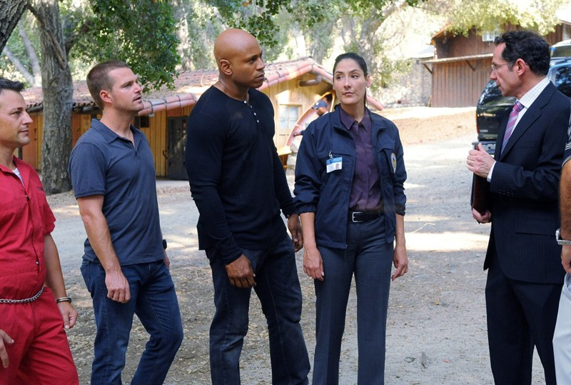 Louis Mandylor, LL Cool J, Chris O'Donnell e Alicia Coppola in Little Angels di NCIS: Los Angeles