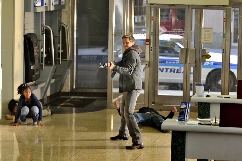 Una movimentata scena dell'episodio The Guardian di Nikita con Owen (Devon Sawa)