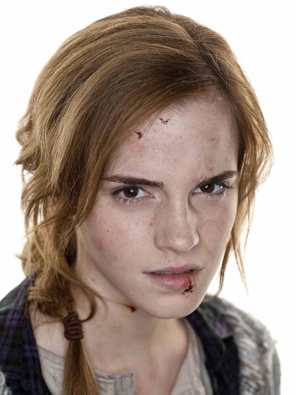 Un primo piano di Emma Watson per il film Harry Potter e i Doni della Morte - parte 1