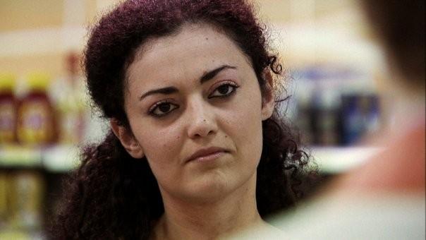 Eleonora Stagi è Monika nel film IN THE MARKET