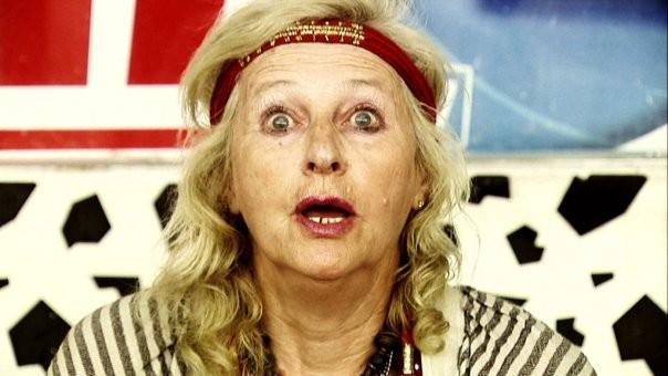 Gloria Coco nei panni di una cartomante nel film IN THE MARKET