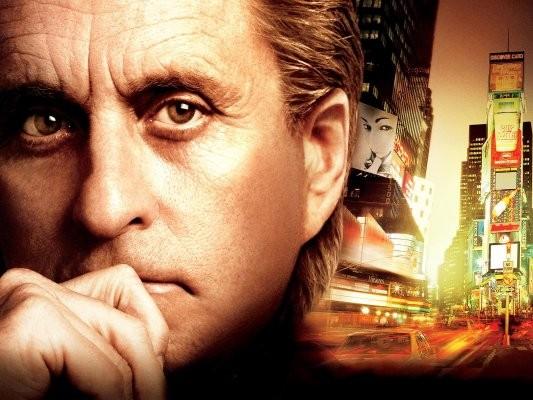 Il poster di Wall Street 2: Money Never Sleeps con Michael Douglas