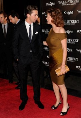 Shia LaBeouf con Susan Sarandon alla premiére newyorkese di Money Never Sleeps