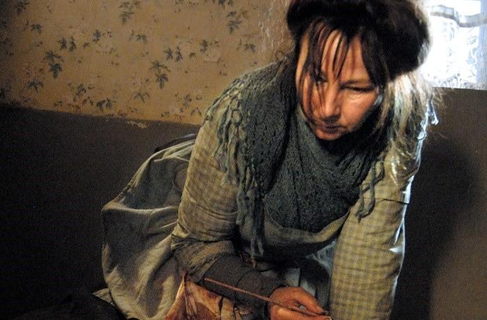 Yolande Moreau in un'immagine del biopic Séraphine