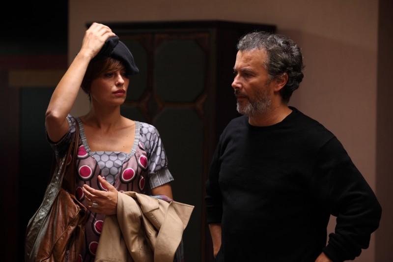Claudia Pandolfi e Paolo Sassanelli in Figli delle stelle