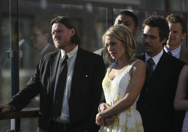 Donal Logue Laura Allen e Michael Raymond-James in Terriers nell'episodio Ring-A-Ding-Ding