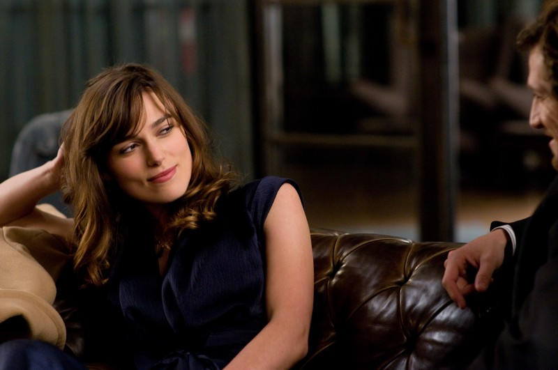 Keira Knightley in una scena del film Last night (2010)