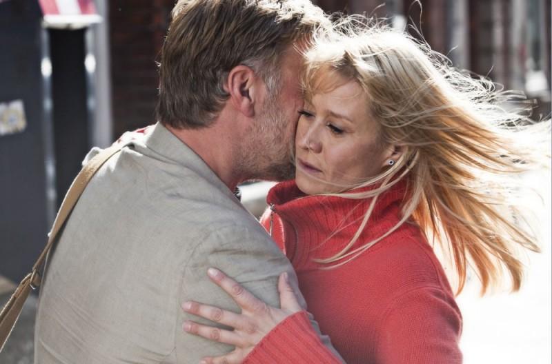 Trine Dyrholm in una scena del dramma In a Better World (Hævnen) di Susanne Bier