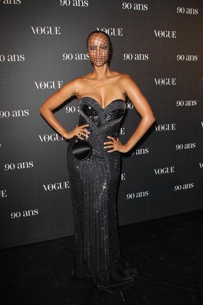 Una sensuale Tyra Banks al party per il 90esimo anniversario di Vogue, nel 2010