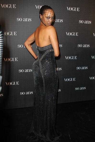 Una sinuosa Tyra Banks al party per il 90esimo anniversario di Vogue, nel 2010