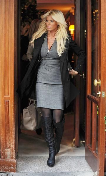 Victoria Silvstedt mentre lascia il ristorante Nello su Madison Avenue a New York City