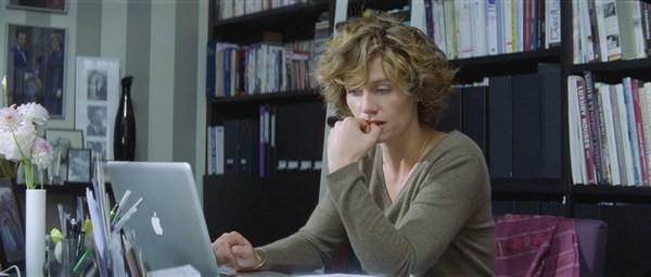 Cécile De France, protagonista femminile del film Hereafter