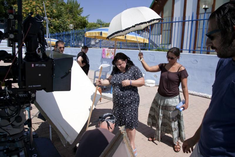 Manuela Di Giacinto sul set corto Salve Regina, ambientato in una piscina