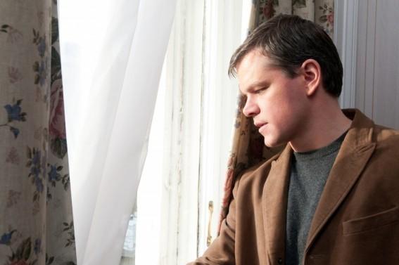 Matt Damon nel film Hereafter
