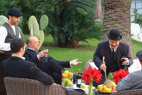 Nicola Pignataro interpreta il comico Piripicchio