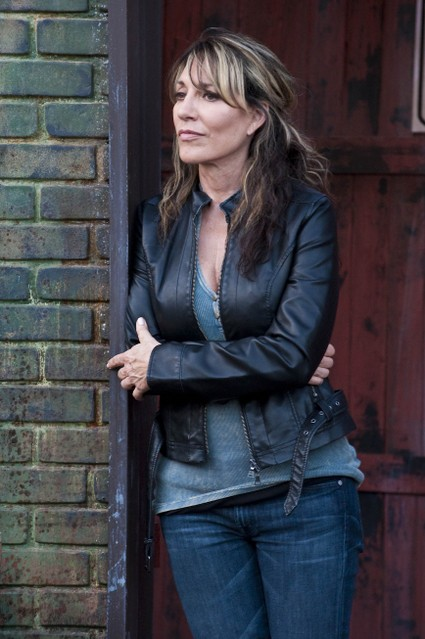 Katey Sagal in Sons of Anarchy nell'episodio Lochan Mor