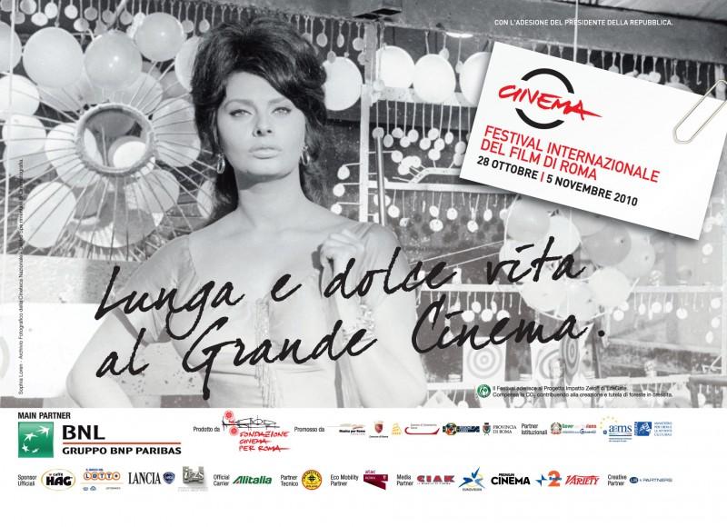 Sophia Loren in una delle belle immagini promozionali per il Festival di Roma 2010