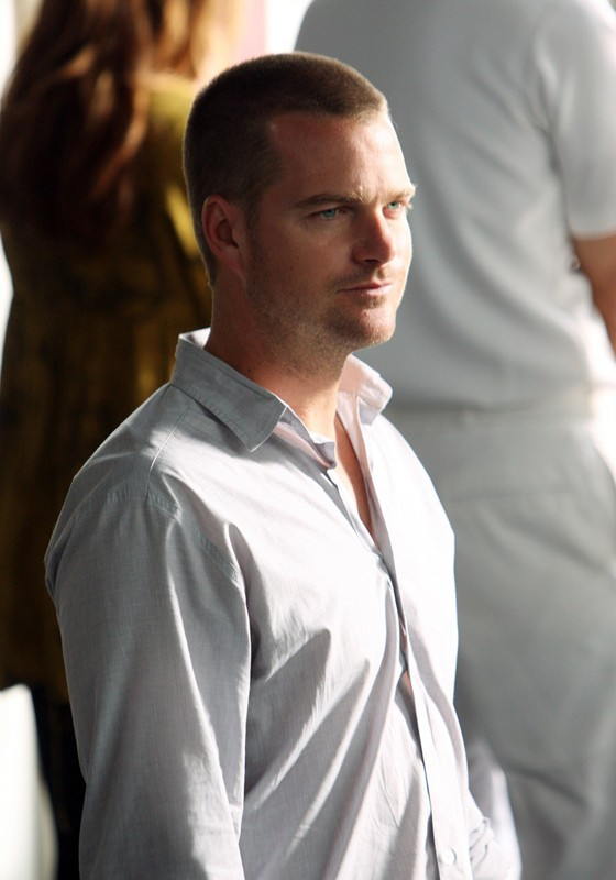 Il bel Chris O'Donnell in un momento dell'episodio Standoff di NCIS: Los Angeles