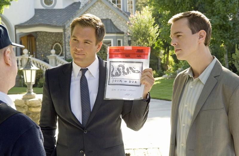 Michael Weatherly e Sean Murray indagano nell'episodio Dead Air di NCIS - Unità anticrimine