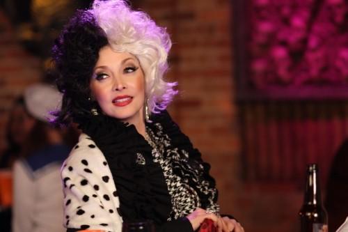 Sylvia (Sharon Lawrence) in una scena dell'episodio Not Afraid di One Tree Hill