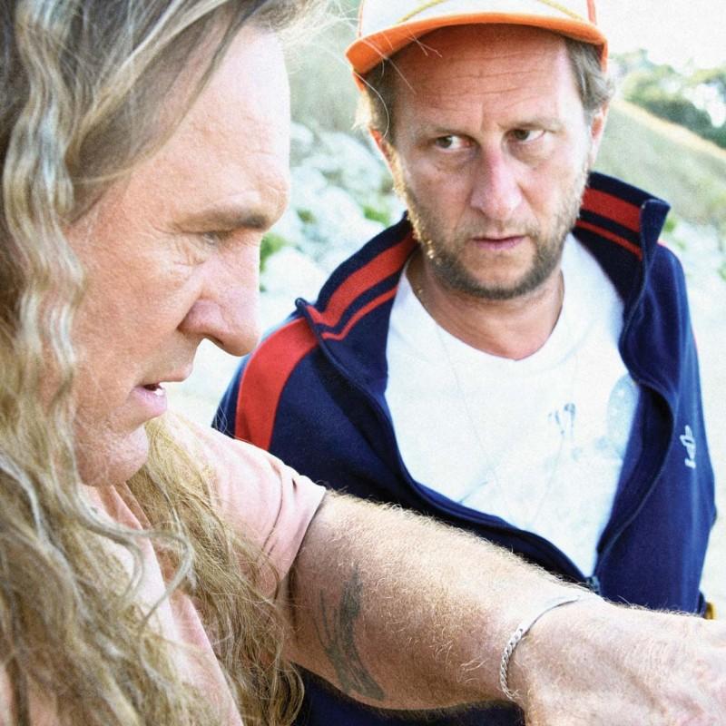 Gérard Depardieu con Benoît Poelvoorde nel film Mammuth