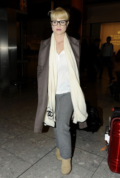 Kelly Osbourne atterrata all'Heathrow International Airport
