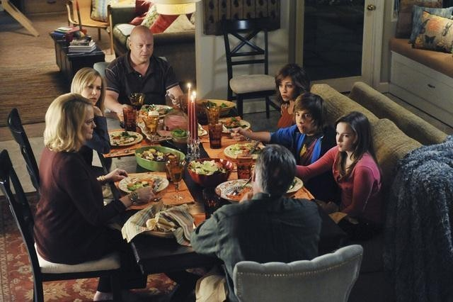 Una scena dell'episodio No Ordinary Visitors di No Ordinary Family