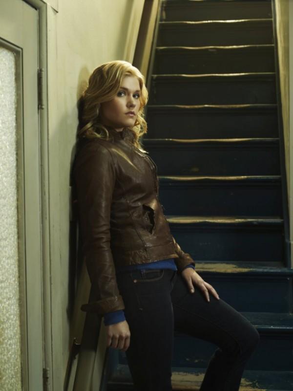 Emily Rose in una immagine promozionale della serie Haven