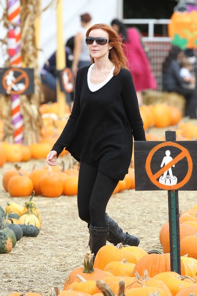 Marcia Cross porta le sue figlie Eden e Savannah a divertirsi per Halloween