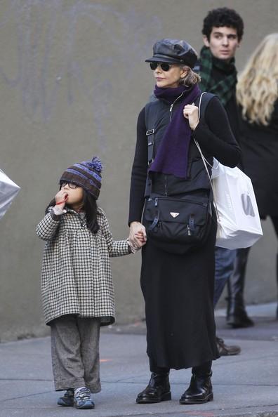 Meg Ryan e la figlia Daisy passeggiano per le vie di Soho