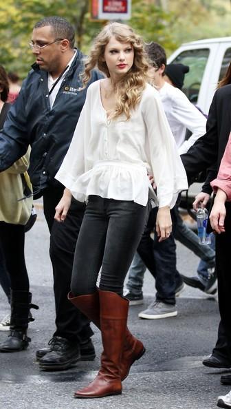 Taylor Swift arriva a Central Park per uno spettacolo gratuito per i suoi fan
