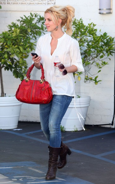 Britney Spears fa shopping a Beverly Hills