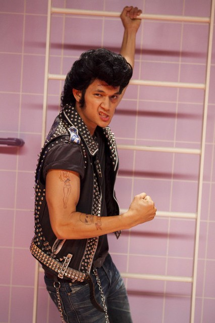 Harry Shum Jr nell'episodio The Rocky Horror Glee Show di Glee