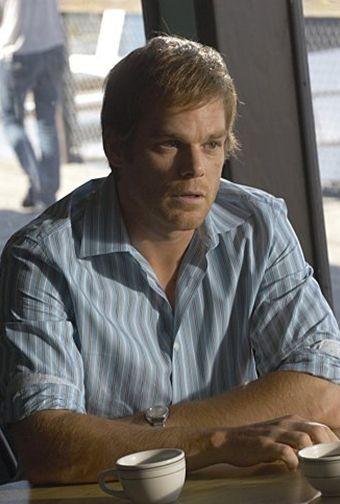 Michael C. Hall in una scena dell'episodio First Blood di 'Dexter'