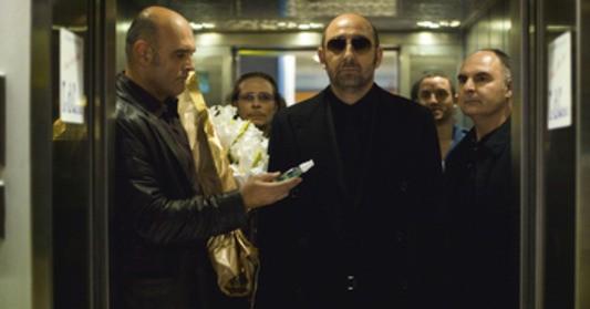 Kad Merad in una scena del film L'immortale