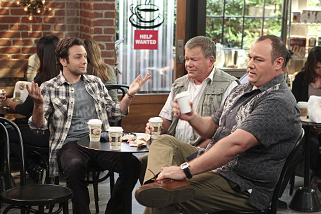 Jonathan Sadowski Will Sasso e William Shatner in $#*! My Dad Says nell'episodio Easy, Writer