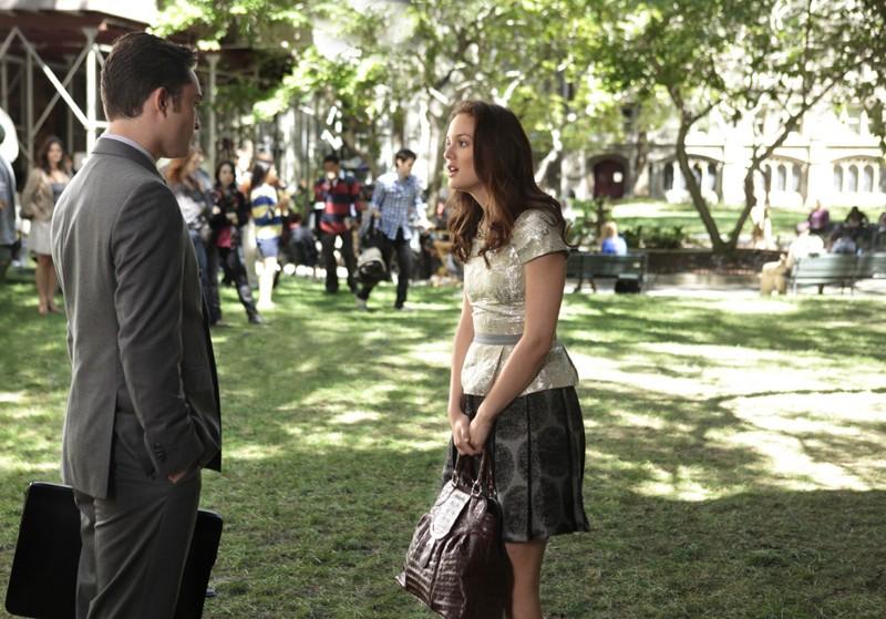 Blair (Leighton Meester) discute con Chuck (Ed Westwick) nell'episodio Easy J di Gossip Girl