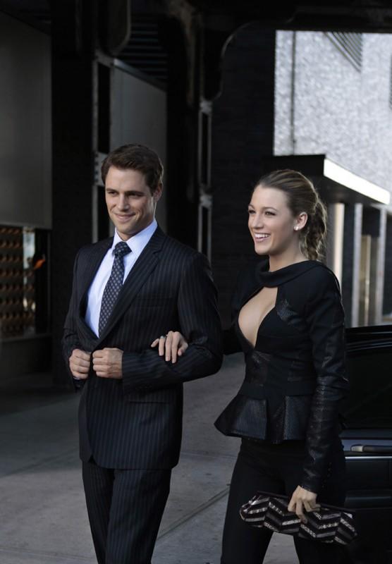 Colin (Sam Page) e Serena (Blake Lively) in una scena dell'episodio Easy J di Gossip Girl