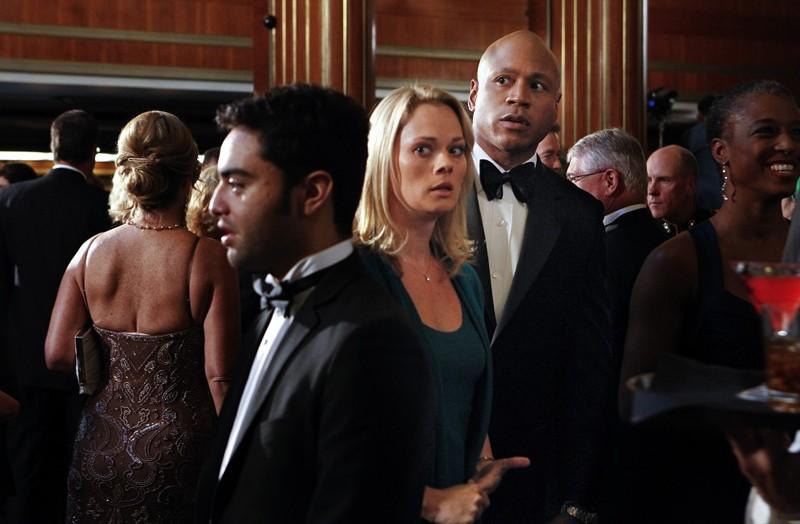 Kate Levering e LL Cool J in una scena dell'episodio Anonymous di NCIS: Los Angeles