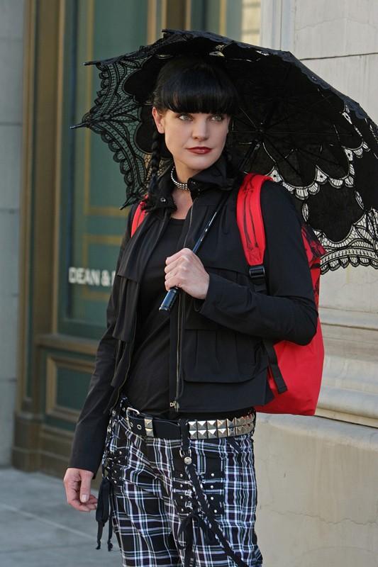 La bellissima Pauley Perrette nell'episodio Cracked di NCIS: Unità Anticrimine
