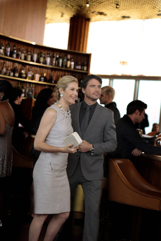 Lily (Kelly Rutherford) e Rufus (Matthew Settle) nell'episodio Easy J di Gossip Girl