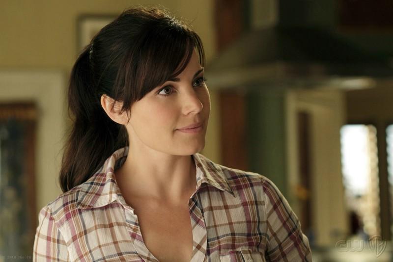 Lois (Erica Durance) in una scena dell'episodio Ambush di Smallville